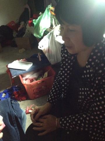女婿教丈母娘叠千纸鹤图片